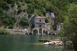 Lago di Scanno Chiesa Madonna del Lago
