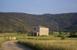 Piana di Navelli Chiesa della Madonna del Campo