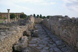 Paestum Via Sacra - Campidoglio Tempio di Netturno