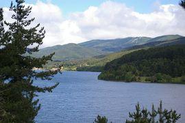 Lago Arvo Lorica  Monte Botte Donato