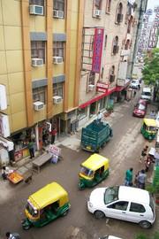 Paharganj Arakashan Road